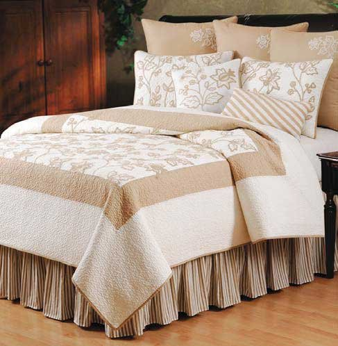 Harlow quilt bedding by c f enterprises for Harlowe bed
