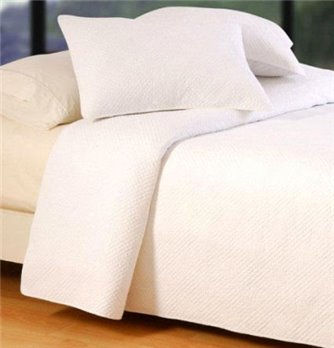 Hampton Matelasse White Full/Queen Quilt