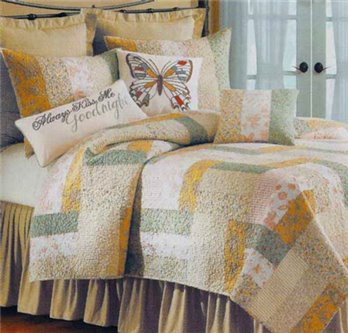 Audrey Full Queen Quilt