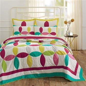Everly King Set; Quilt 95x105-2 Shams 21x37