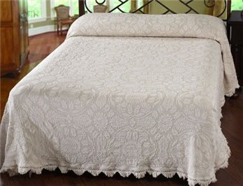Colonial Rose Full White Bedspread