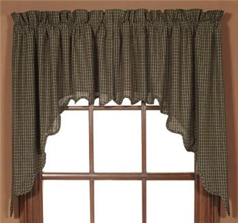 Kettle Grove Plaid Scalloped Swags 36 x 36 x 16