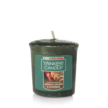 Yankee Candle Aromatic Orange & Evergreen Sampler Votive Candle | P. C. Fallon Co.