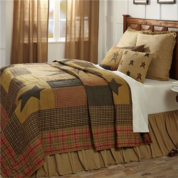 Stratton Luxury King Quilt Set