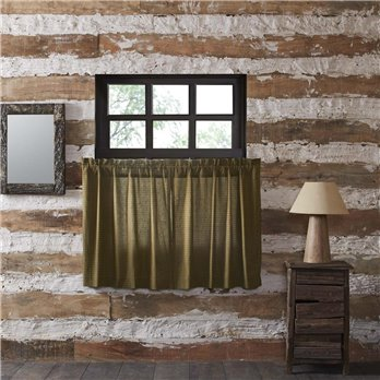 Tea Cabin Green Plaid Scalloped Tier Set of 2 36