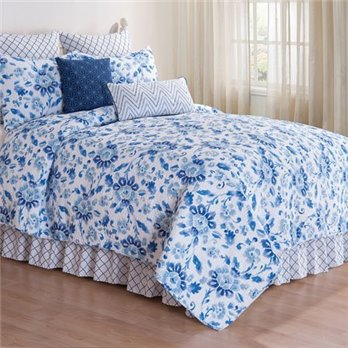 Sasha Blue Full Queen Quilt