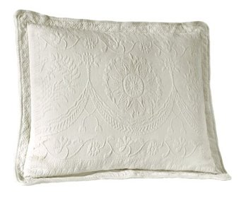 King Charles Matelasse White King Size Sham