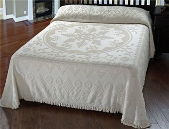 American Tradition Queen White Bedspread