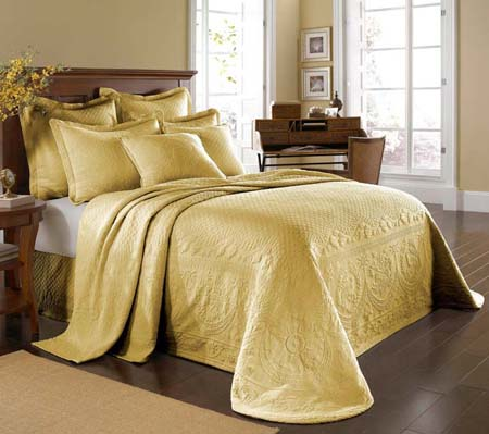 King Charles Yellow Bedspread and Coverlet