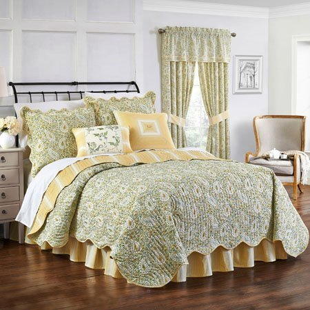 Waverly Paisley Verveine Twin Quilt Collection