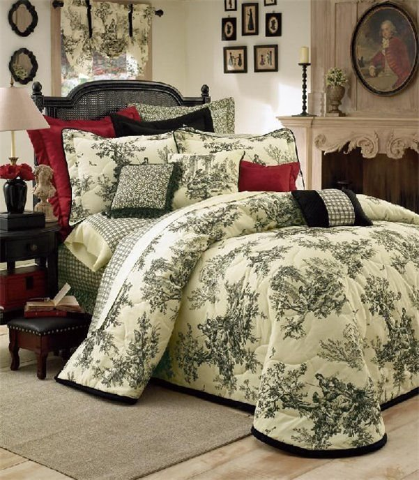 Bouvier Cal King Thomasville Bedspread