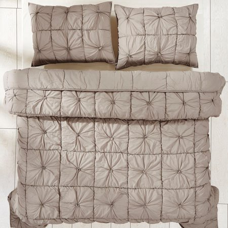 Camille Taupe 3 Piece Queen Quilt Set
