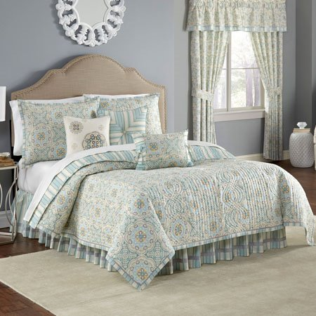 Waverly Astrid Reversible 4 Piece King Quilt Set