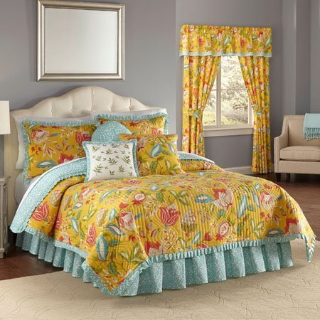 Waverly Modern Poetic Reversible 4 Piece King Quilt Set