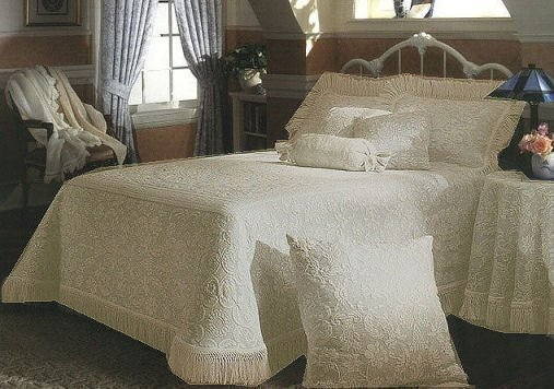Queen Elizabeth Antique Standard Sham