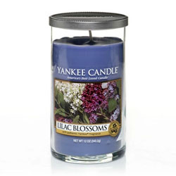 Yankee Candle Lilac Blossoms Medium Perfect Pillar