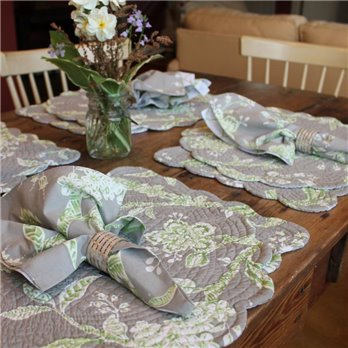 C&F Quilted Placemats and Napkins