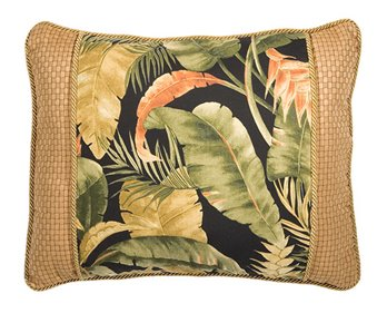 La Selva Black Breakfast Pillow