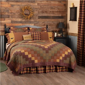 Heritage Farms King Quilt 105Wx95L