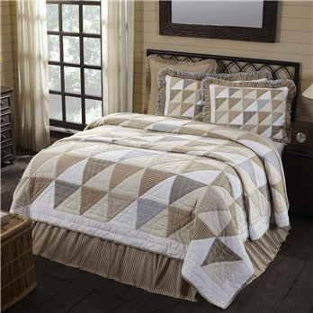 Joanna King Quilt 105Wx95L