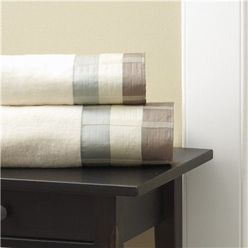 Fairfax Fingertip Towel Taupe 11X18