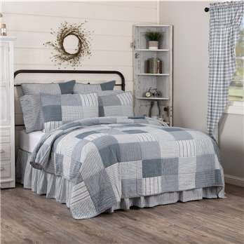Sawyer Mill Blue California King Quilt 130Wx115L