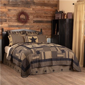 Black Check Star Luxury King Quilt 120Wx105L
