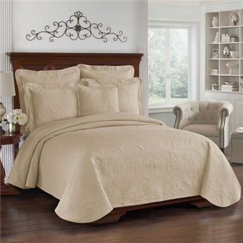 King Charles Matelasse Birch Queen Coverlet