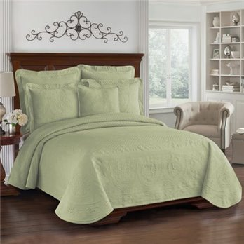 King Charles Matelasse Sage Queen Coverlet