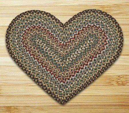 "Fir & Ivory Heart Shaped Braided Rug 20""x30"""