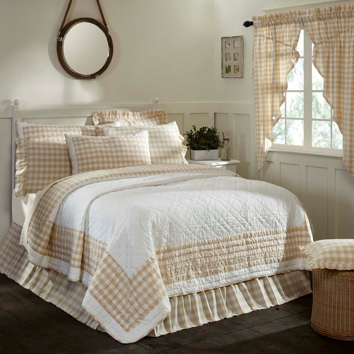 Annie Buffalo Tan Check Twin Quilt 86x68