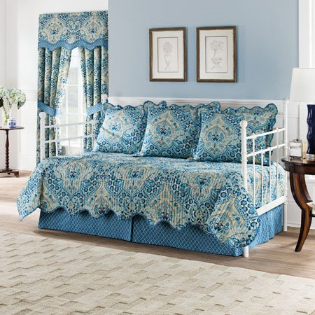 Waverly Moonlit Shadows Reversible 5 Piece Quilt Daybed Set