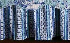 Hampstead Toile Queen Bedskirt