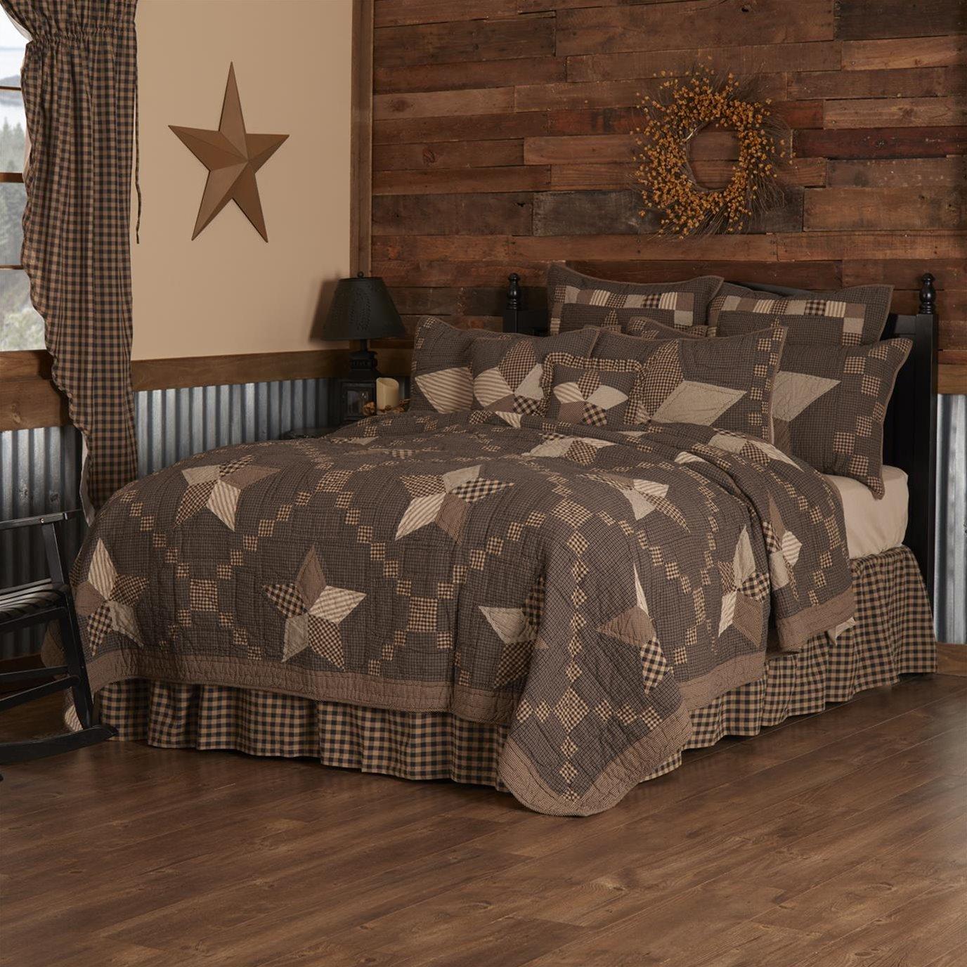Farmhouse Star Luxury King Quilt 120Wx105L