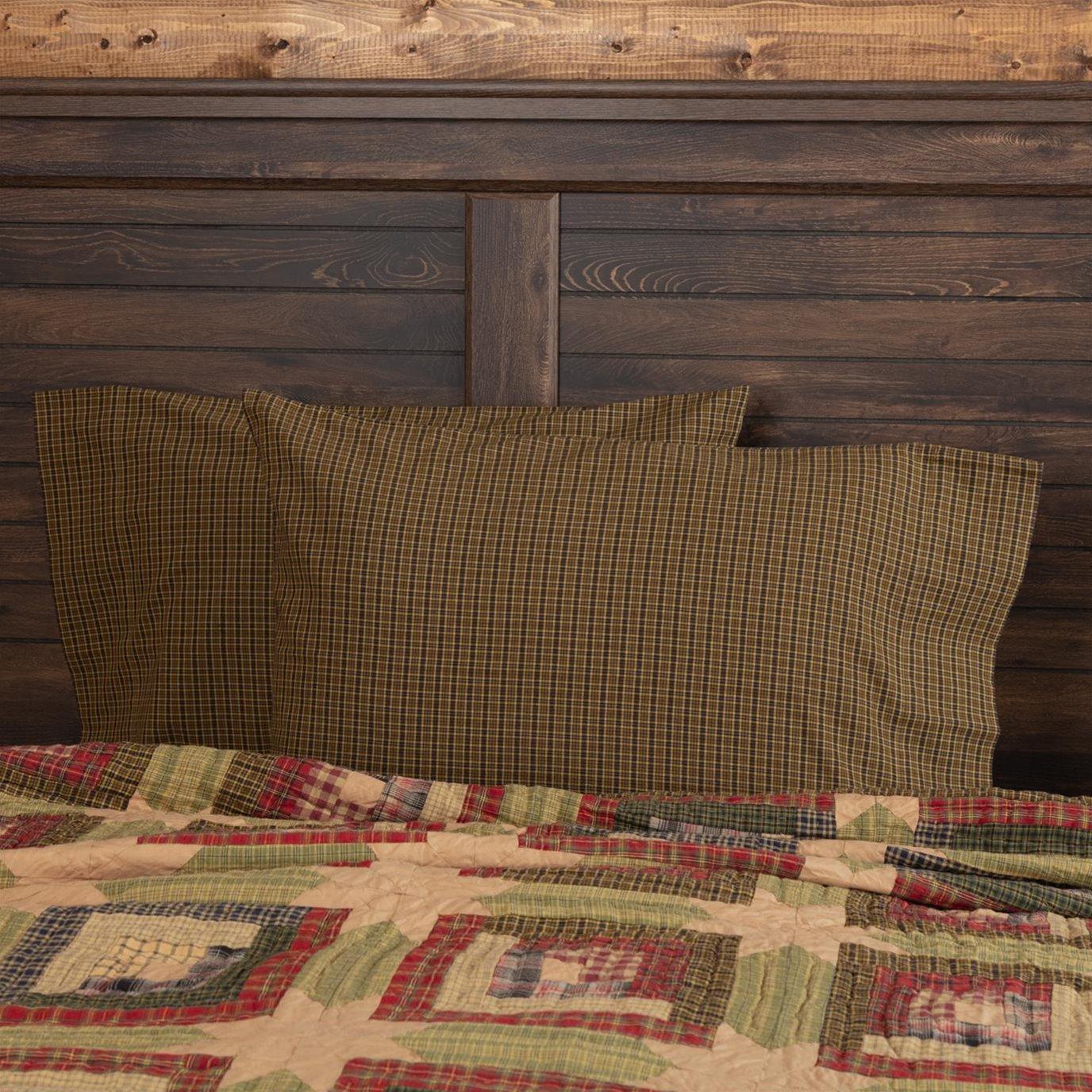 Tea Cabin Green Plaid Standard Pillow Case Set of 2 21x30