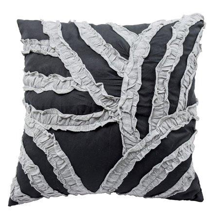 Vue Cersei 16-inch Pillow