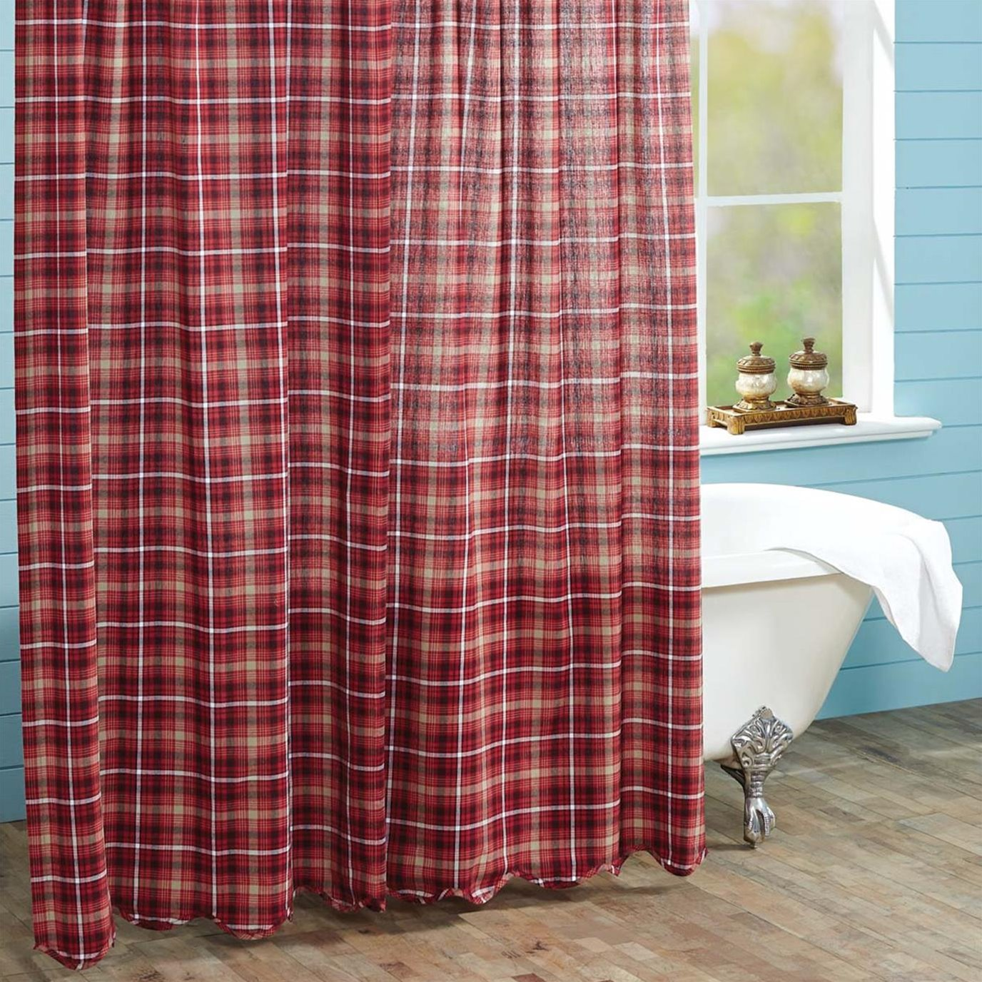 Braxton Scalloped Shower Curtain 72x72