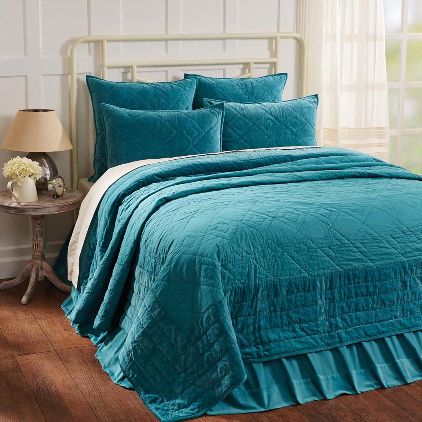 Eleanor Teal Twin Quilt 68Wx86L