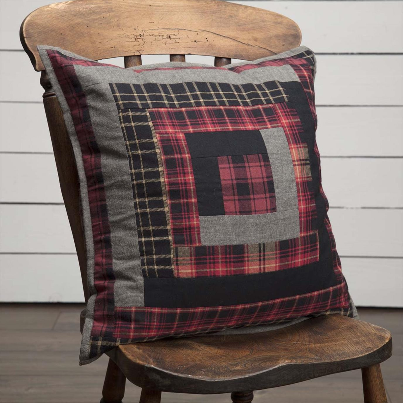 Cumberland Patchwork Pillow 18x18
