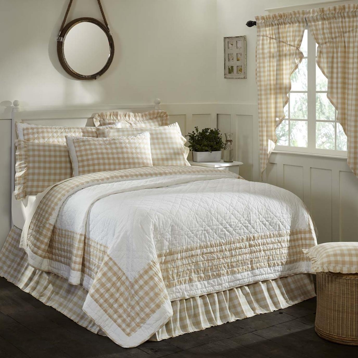 Annie Buffalo Tan Check King Quilt 105Wx95L