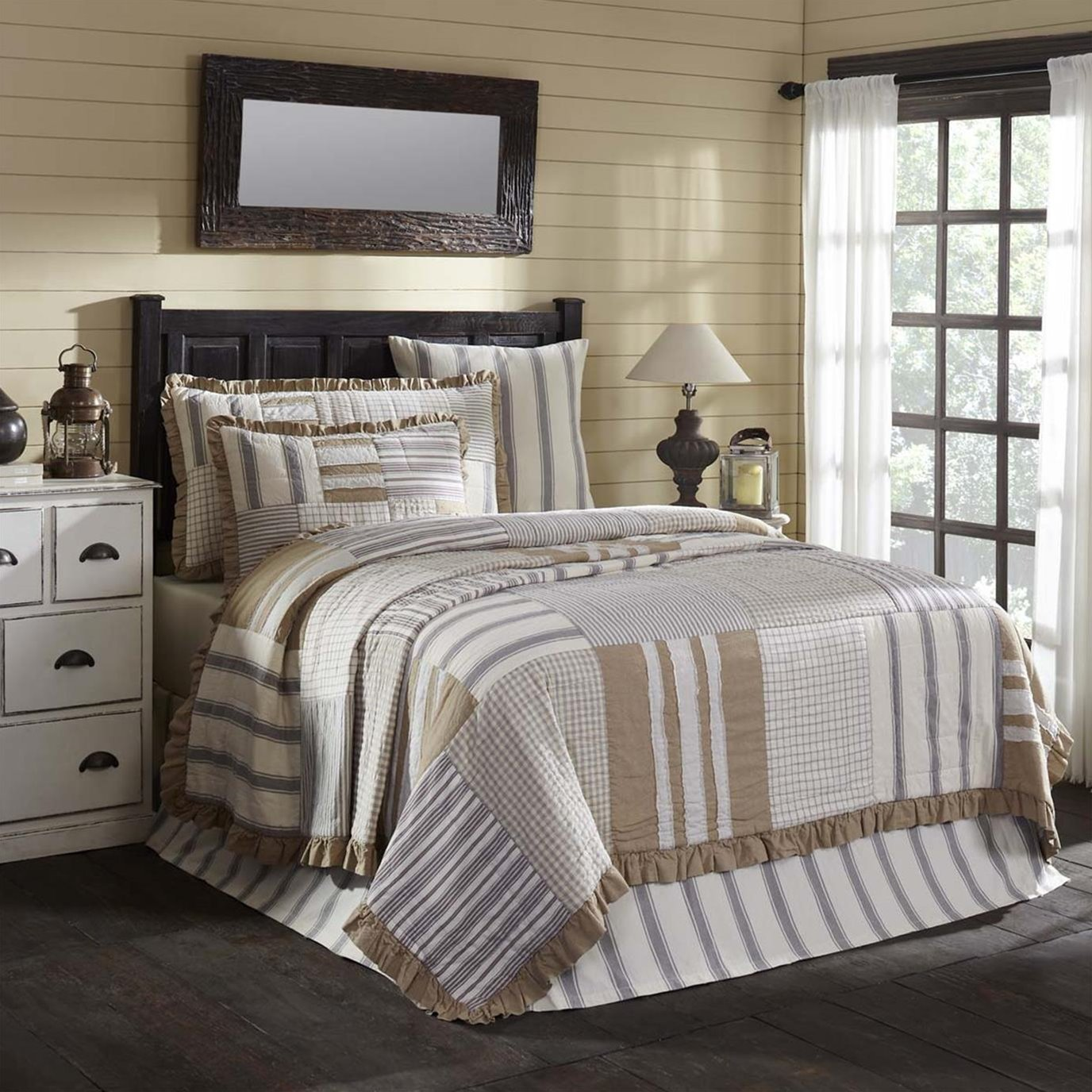 Grace Luxury King Quilt 120Wx105L