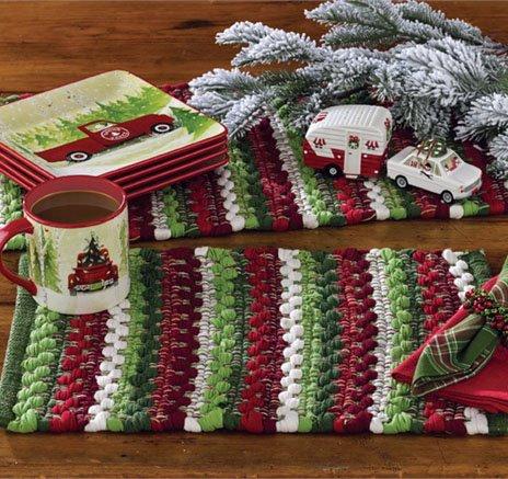 Wintergreen Chindi Placemat