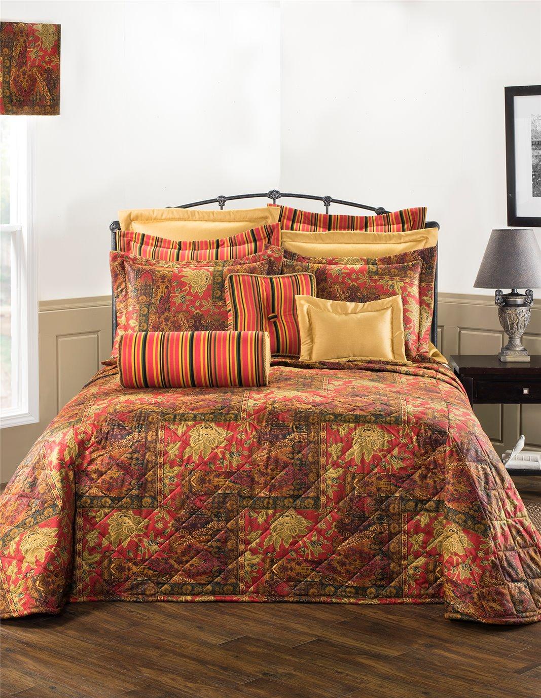 Kalinjar Queen Bedspread
