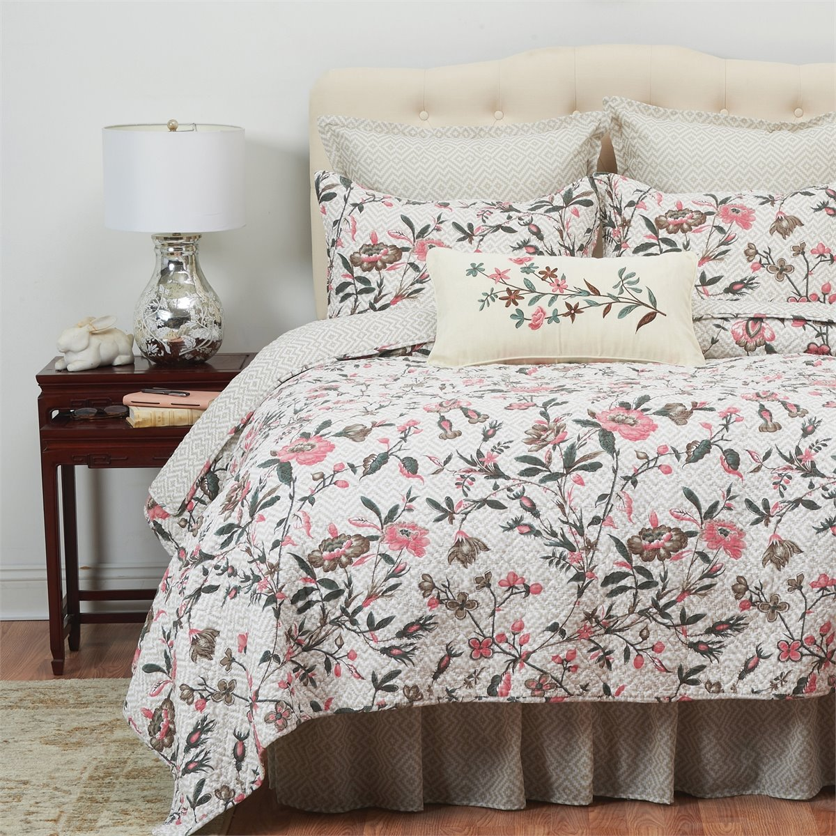 Blair Garden 3 Piece Queen Quilt Set