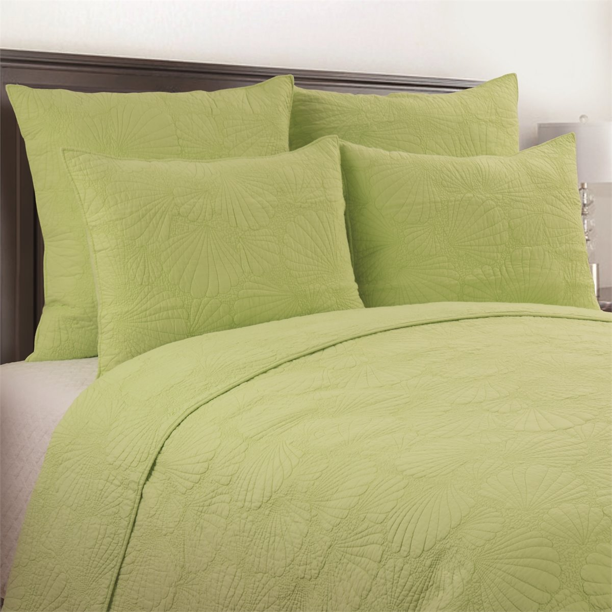 Scallop Shell Green 3 Piece Queen Quilt Set