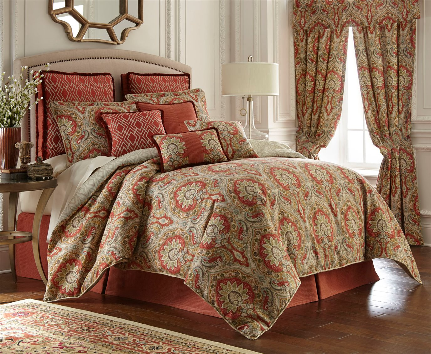 Harrogate Paisley 4 Piece King Comforter Set