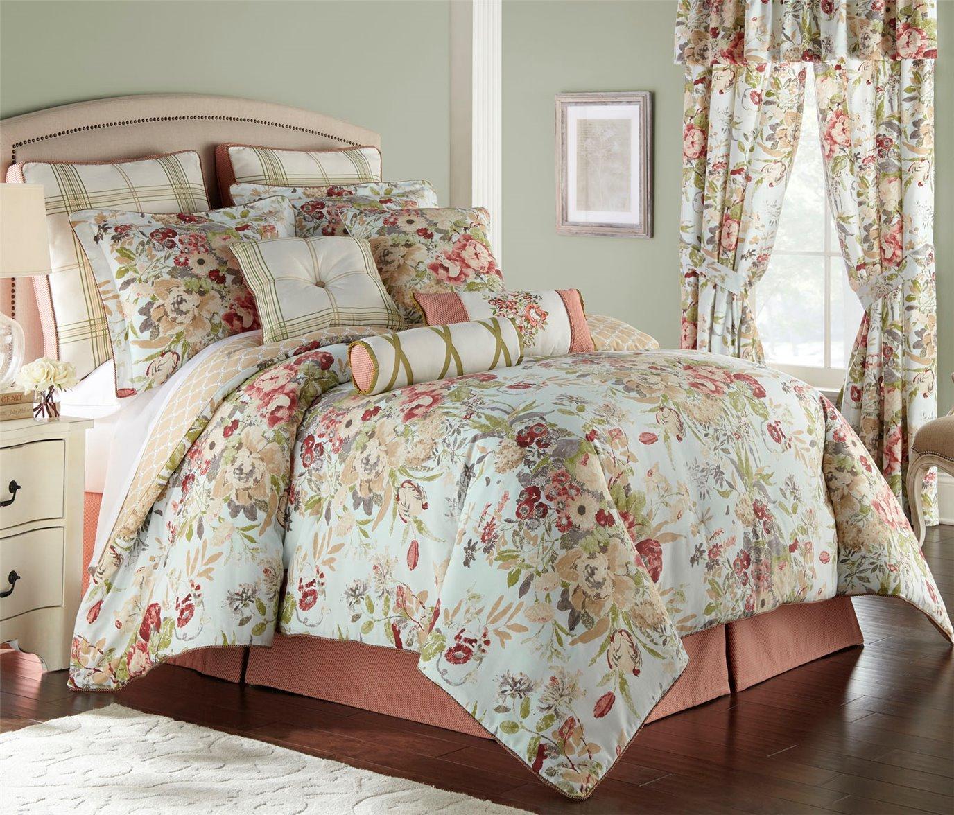 Lorraine 4 Piece King Comforter Set