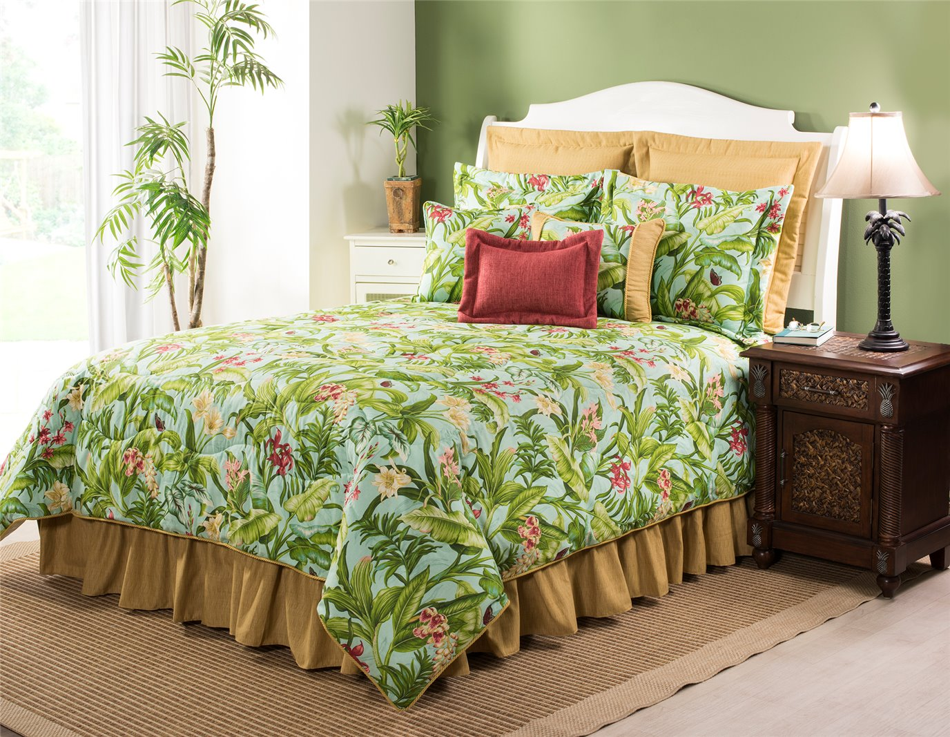 """Wailea Coast Bloom Comforter Set-Queen with 18"""" Bedskirt"""