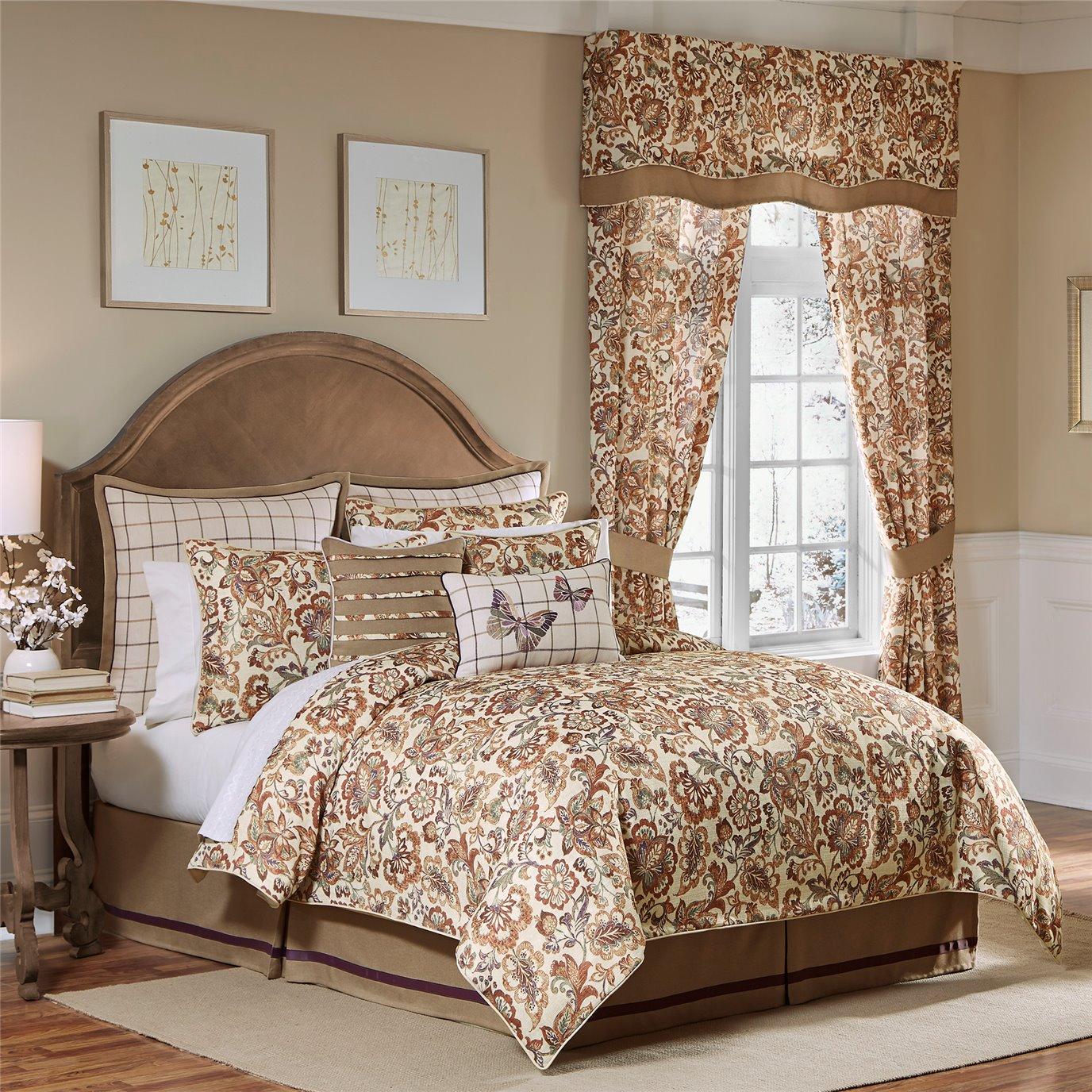 Croscill Delilah 4-piece King Comforter Set