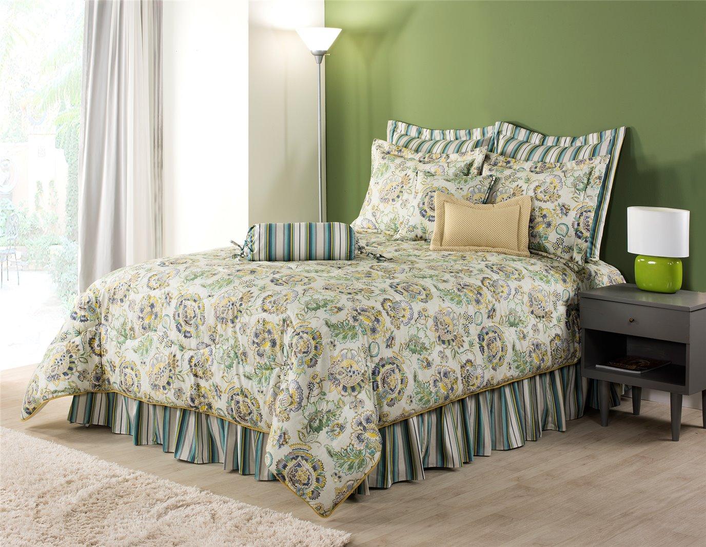 """Riverpark Queen Comforter Set (15"""" Bedskirt)"""
